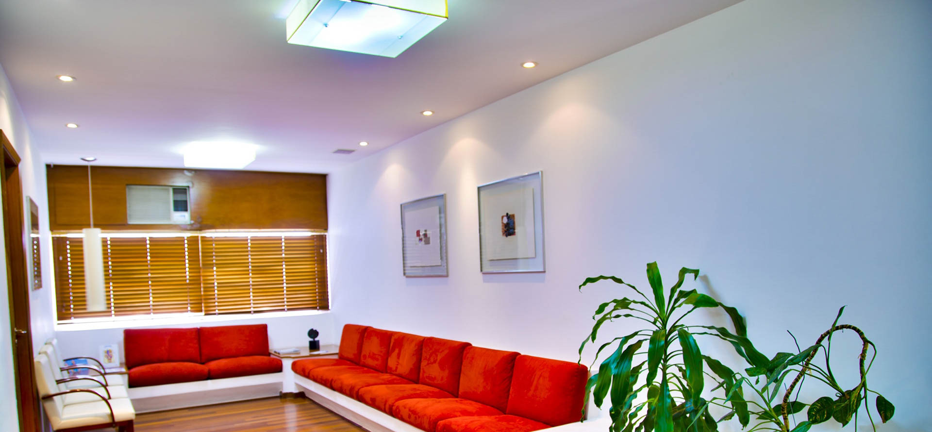 modern loungeroom
